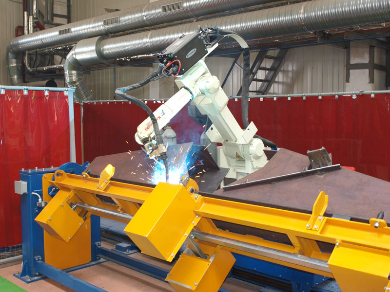 Robotic center for welding of freight cars cross bearers