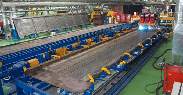 Automatic welding of gondola car sidewalls